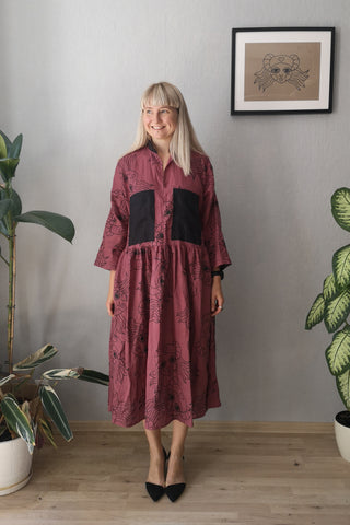 Fancy and Comfy Oversized Mauve Linen Shirt Dress with Wide Ruffle Skirt and Handprinted Pattern Lāčplēsene