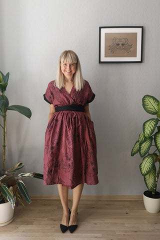 "Kimono Transformer Wrap Dress ""Diane fon Furstenberg""  with Wide Skirt Detail Made from Hand Printed Lāčplēsene Patterned Mauve Colored Linen"