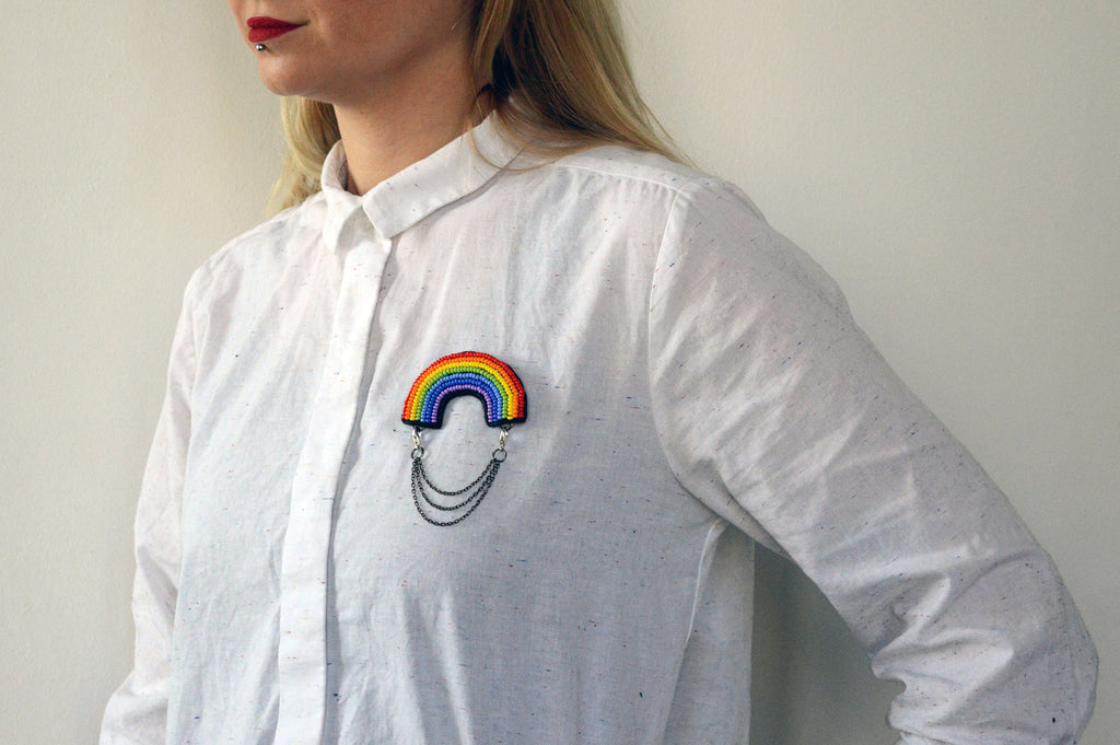 "Unisex pin ""Rainbow Love"""