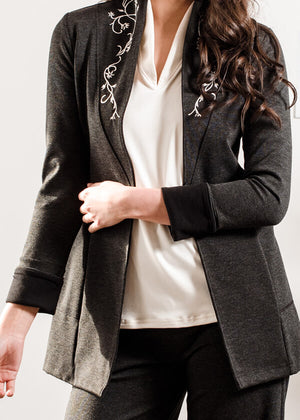 Riel Blazer- Embroidered Catherine Vine