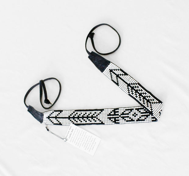 Beaded Belt- Arrow black and white