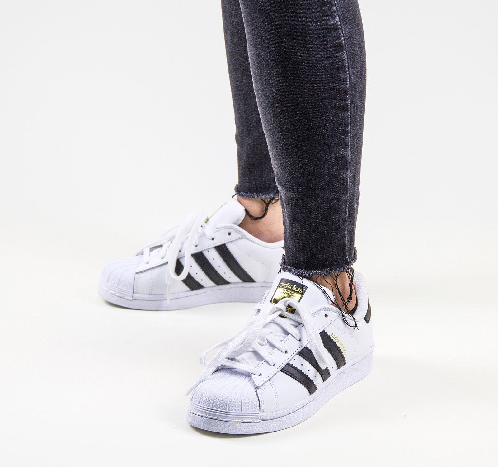 buy online 6eecf 9ea87 ... Adidas Superstar C77124 Sneaker in White and Black - Adidas - On The  EDGE ...