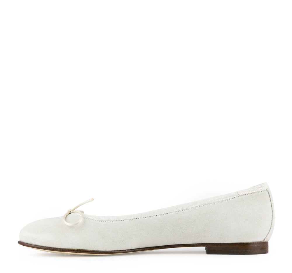 Calzoleria Toscana Melania Suede Women's Flat in Light Cream