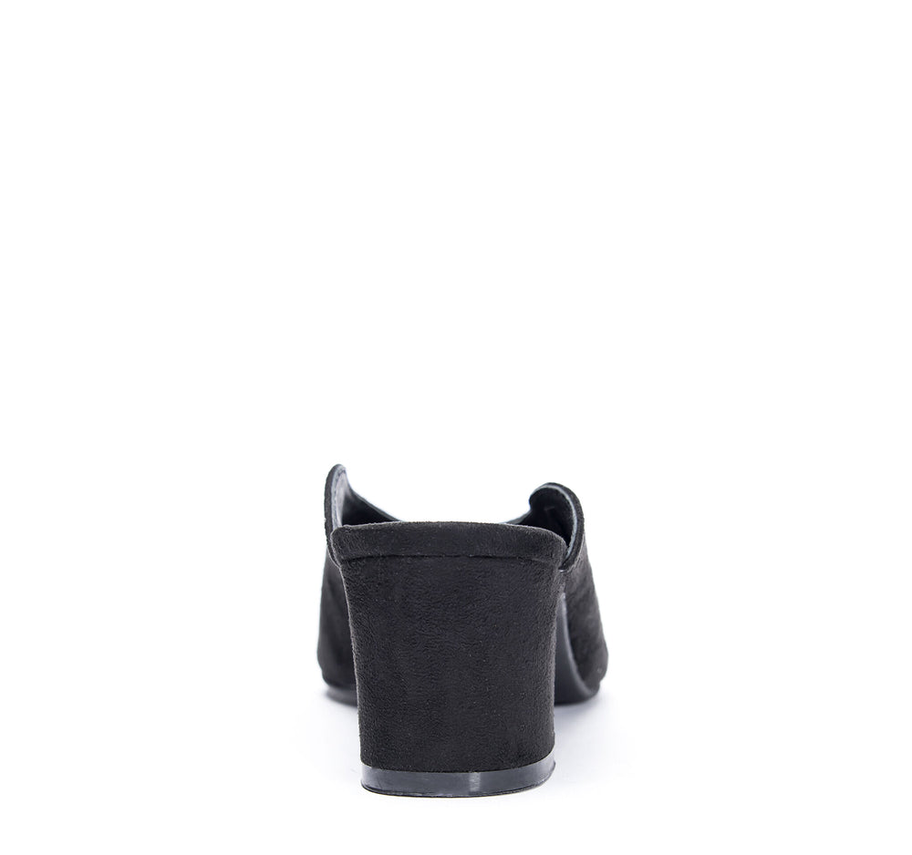 Chinese Laundry Pollie Mule in Black