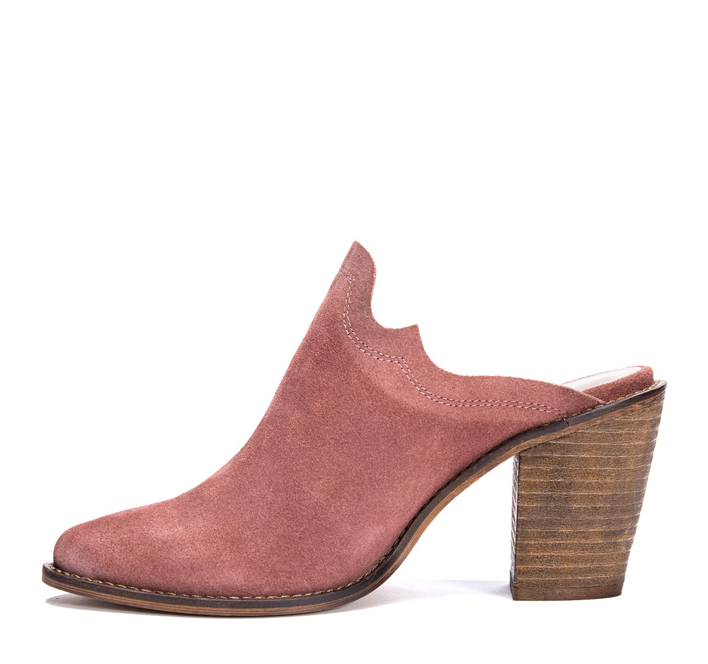 Chinese Laundry Songstress Mule in Rhubarb Suede