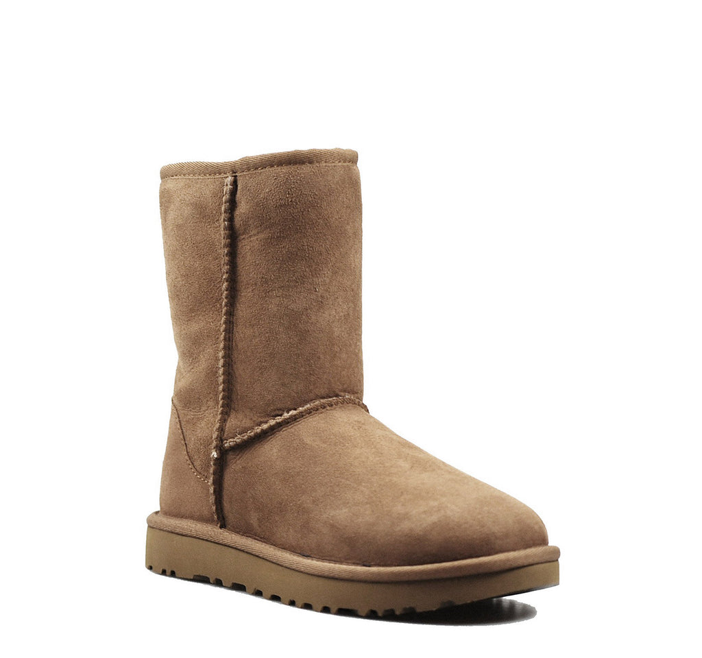 UGG Classic II Kids' Boot in Chestnut - UGG - On The EDGE