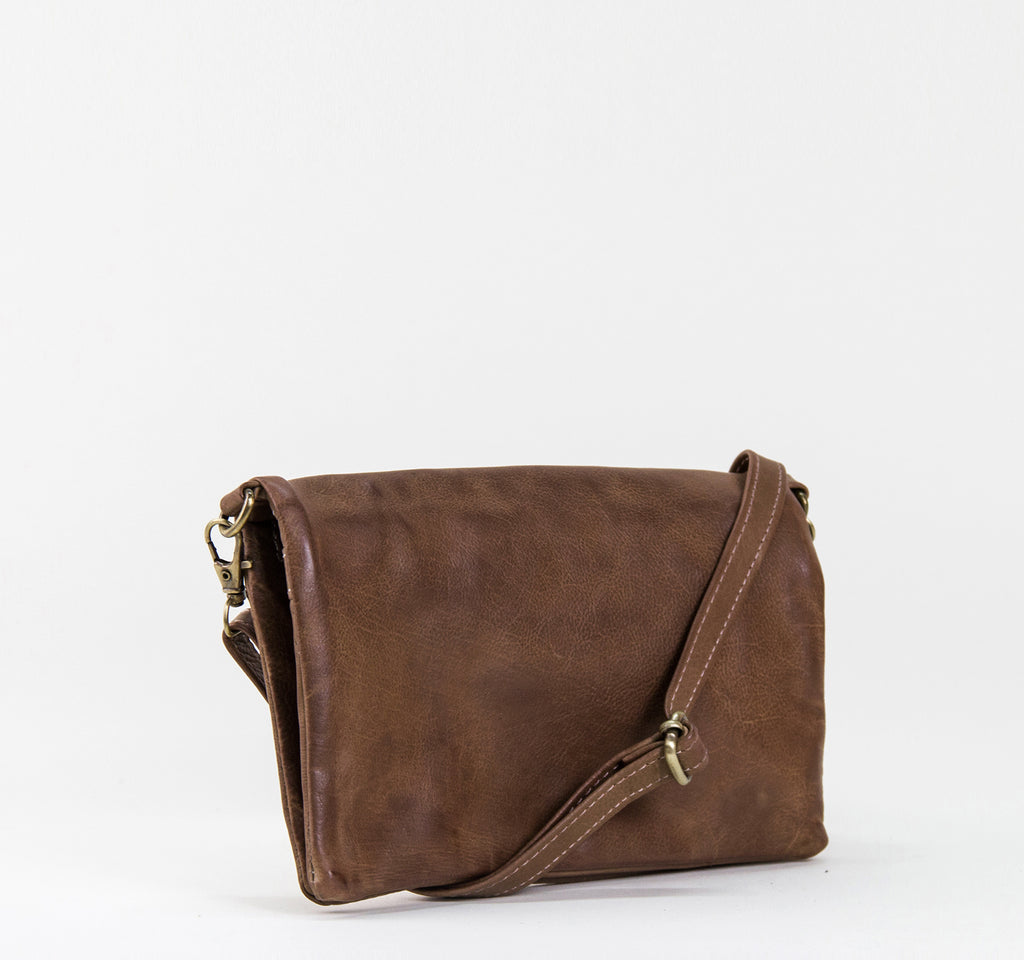EDGE Pakara Clutch Handbag