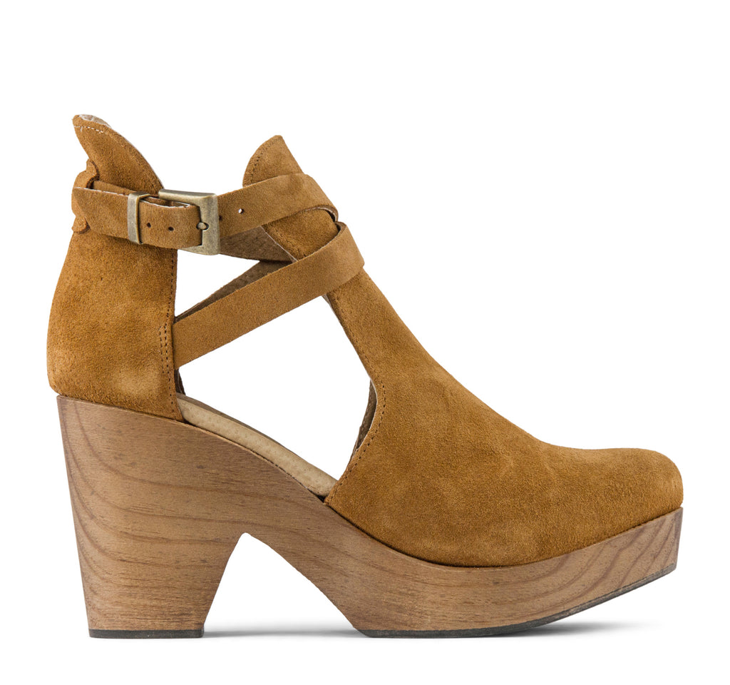 Free People Cedar Women's Clog in Taupe