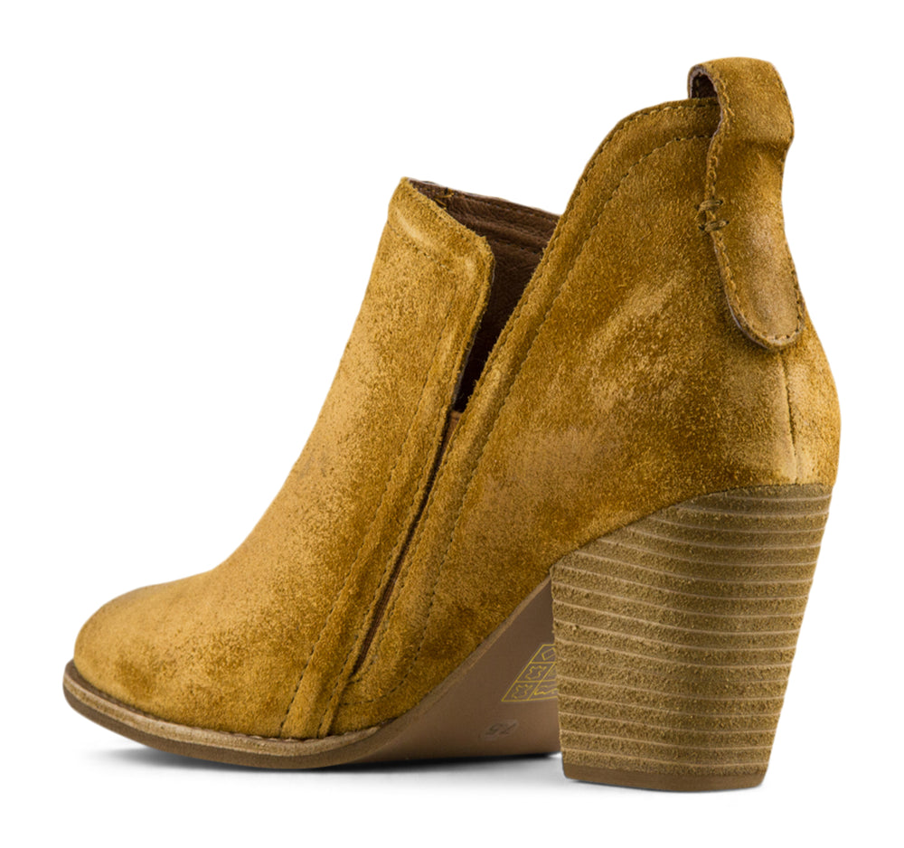 Jeffrey Campbell Vanhook Boot in Tan Suede - Jeffrey Campbell - On The EDGE