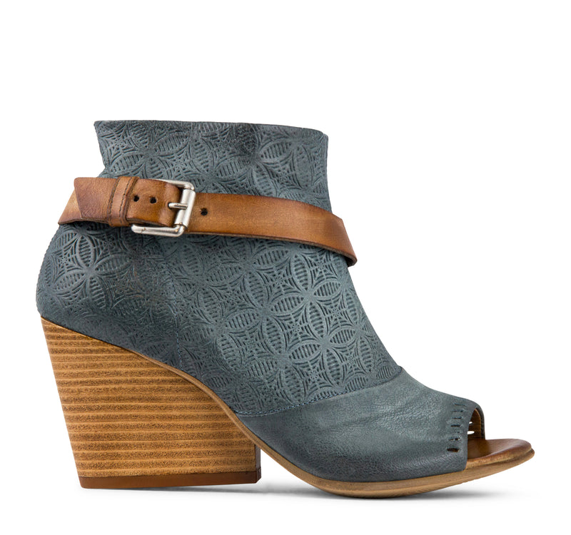 Miz Mooz Kahlo Women's - Sky - Miz Mooz - On The EDGE