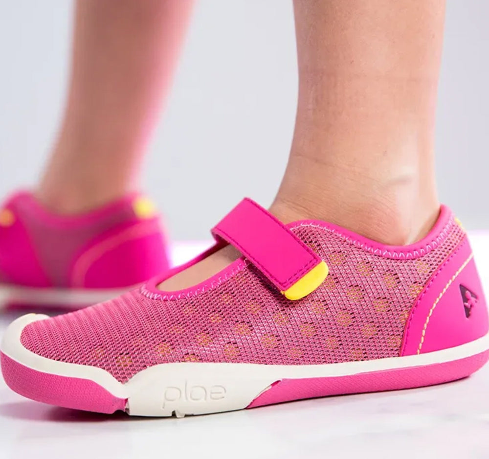 Plae Chloe Sneaker in Electric Fuchsia - Plae - On The EDGE