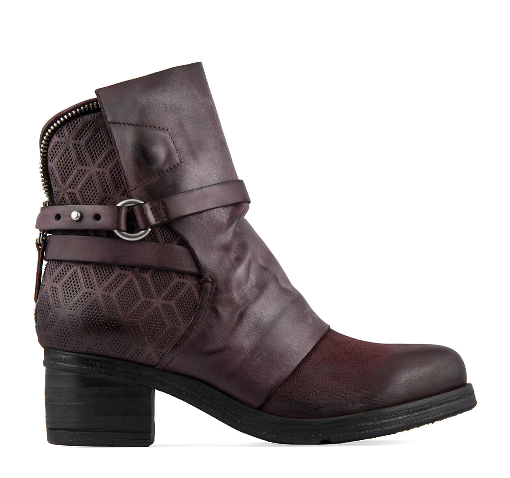 Miz Mooz Salma Boot - On The EDGE
