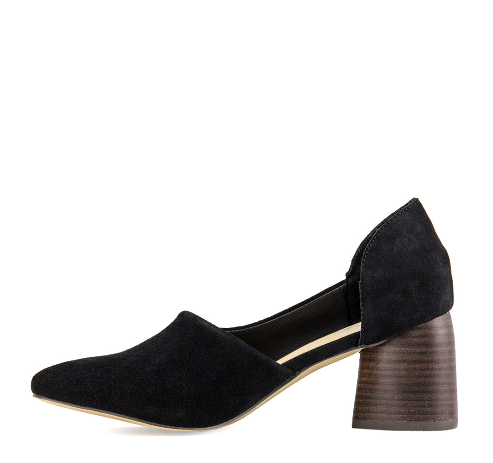 Sbicca Volin Mule in Black - Sbicca - On The EDGE
