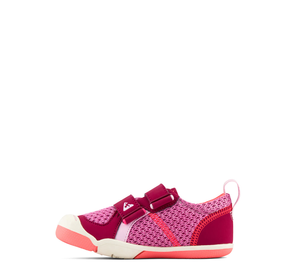 Plae Ty Sneaker in Hibiscus - Plae - On The EDGE