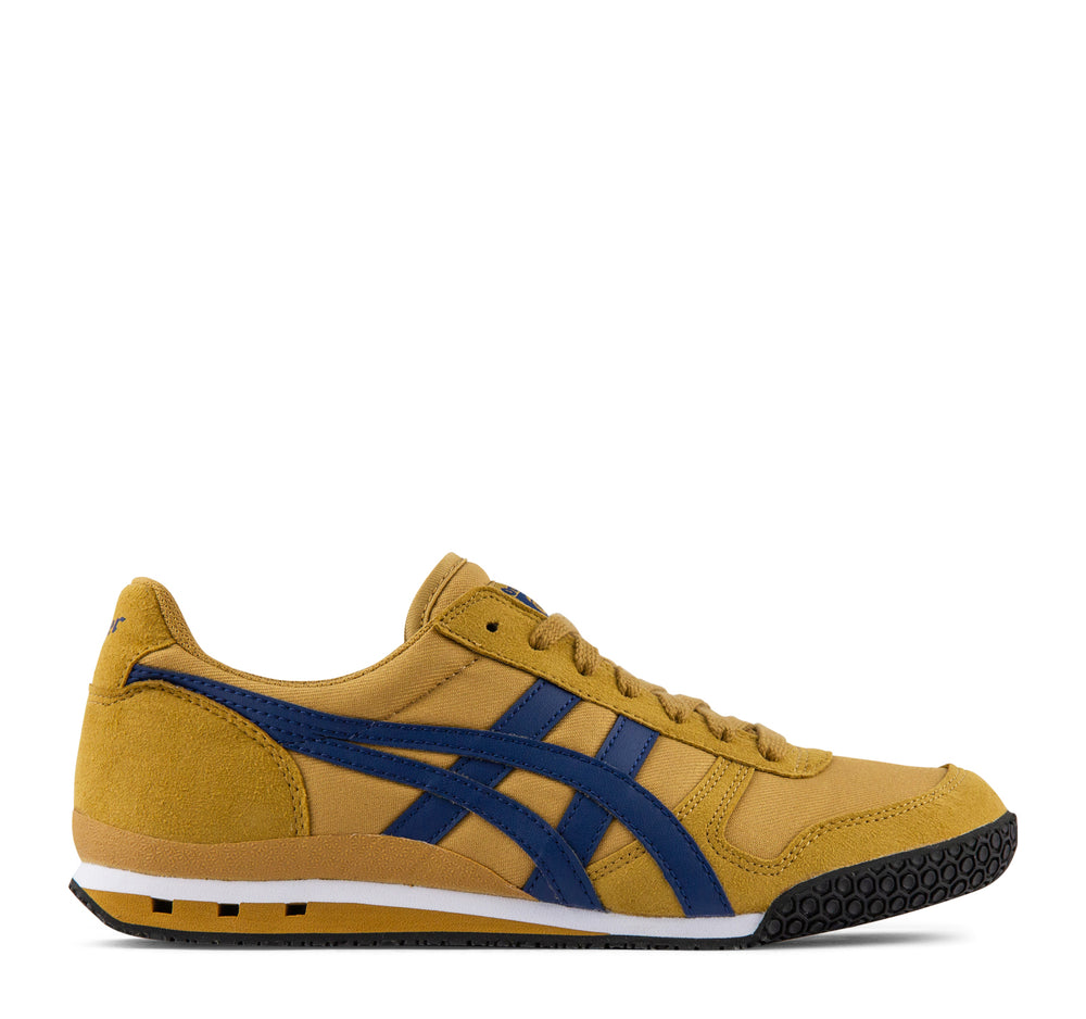 Onitsuka Tiger Ultimate 81 Sneaker in Caravan and Blue - Asics Onitsuka Tiger - On The EDGE