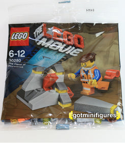 The LEGO MOVIE - EMMET PIECE OF RESISTANCE polybag - minifigure