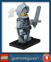 Series 9 LEGO HEROIC KNIGHT minifigure 71000