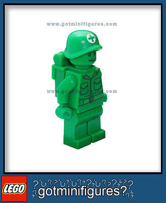LEGO Toy Story GREEN ARMY MAN MEDIC minifigure backpack patrol minifig BRAND NEW