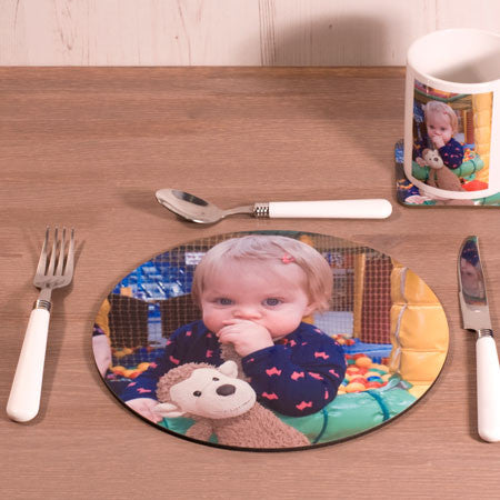 Round photo placemat with cork back