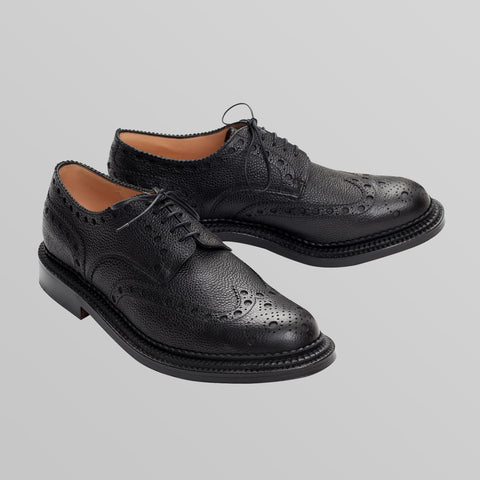 Black Brogue Sheos