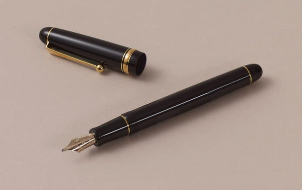Black Pilot Custom 74 Fountain Pen, Music Nib