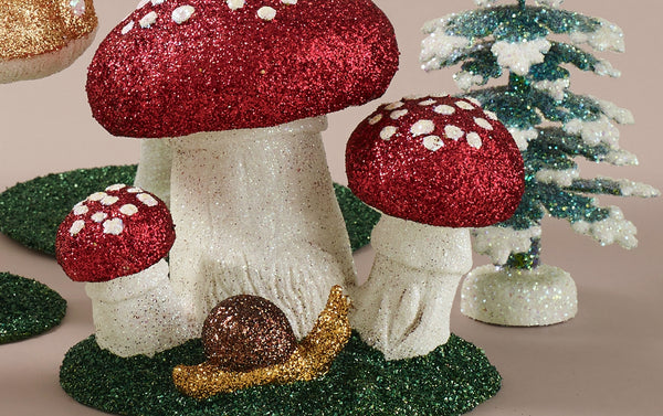 Papier-mâché Mushroom/Toadstools tabletop decorations