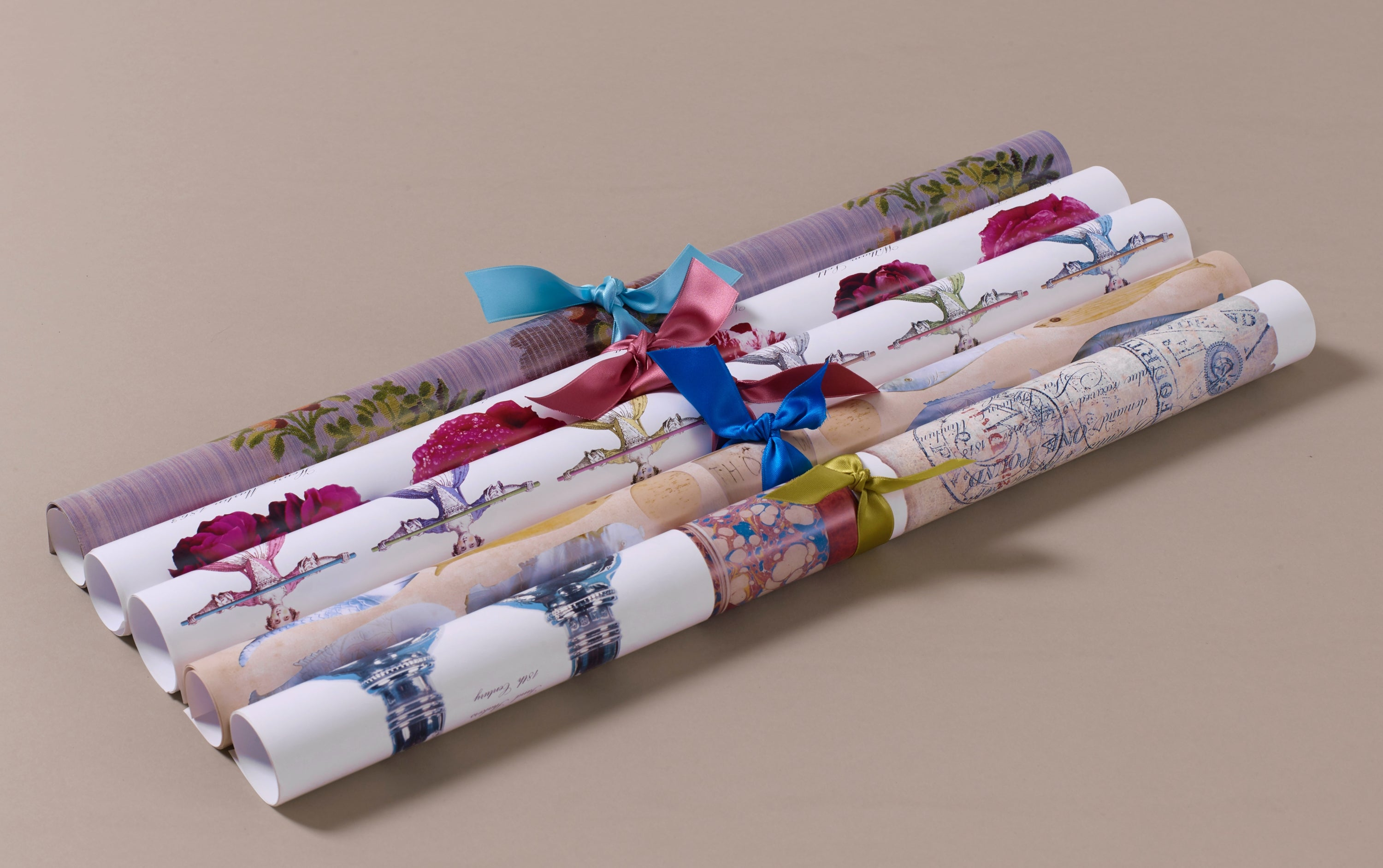 Georgian Decoupage and Wrapping Paper, Motif 2