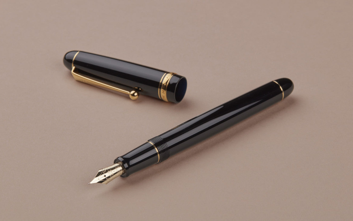 Black Pilot Custom 74 Fountain Pen, Soft Fine Nib