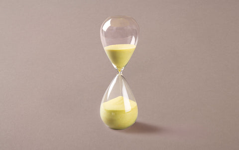 Clear 60 minute Handblown Hourglass, Yellow Sand
