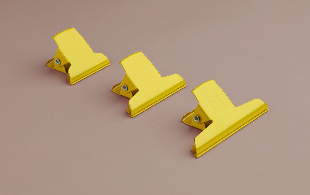 Enamelled 5cm Clamp / Yellow