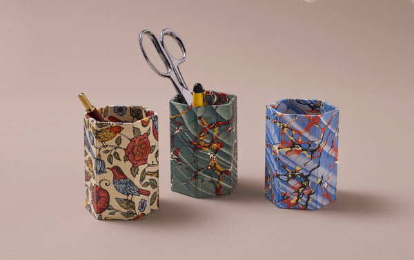Hexagonal Marbled Pen Pot, pattern selection 2