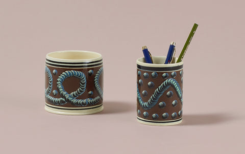 Brown Mochaware Ceramic Pen Pot, 'Earth Worm'