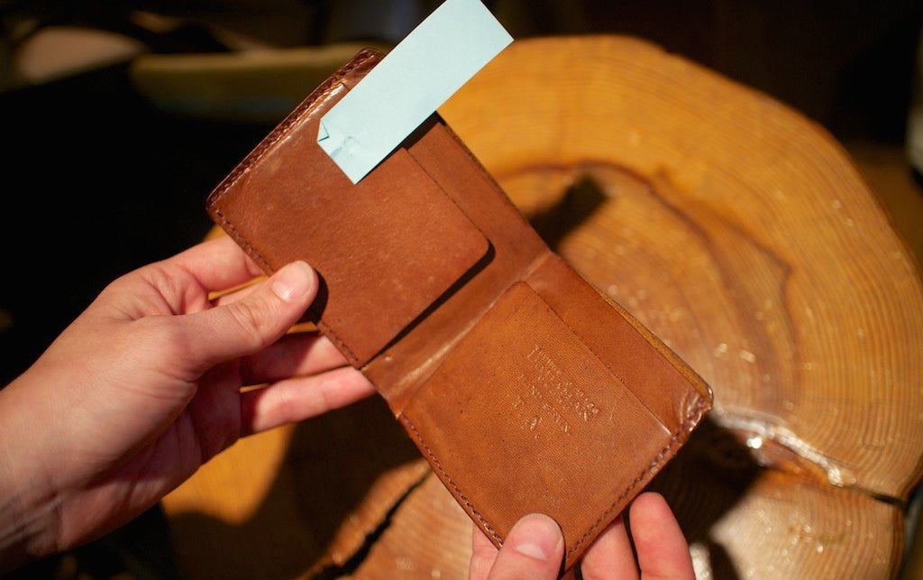 Camel Choosing Keeping Large Folding Wallet