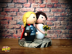 superhero-weddingcaketopper