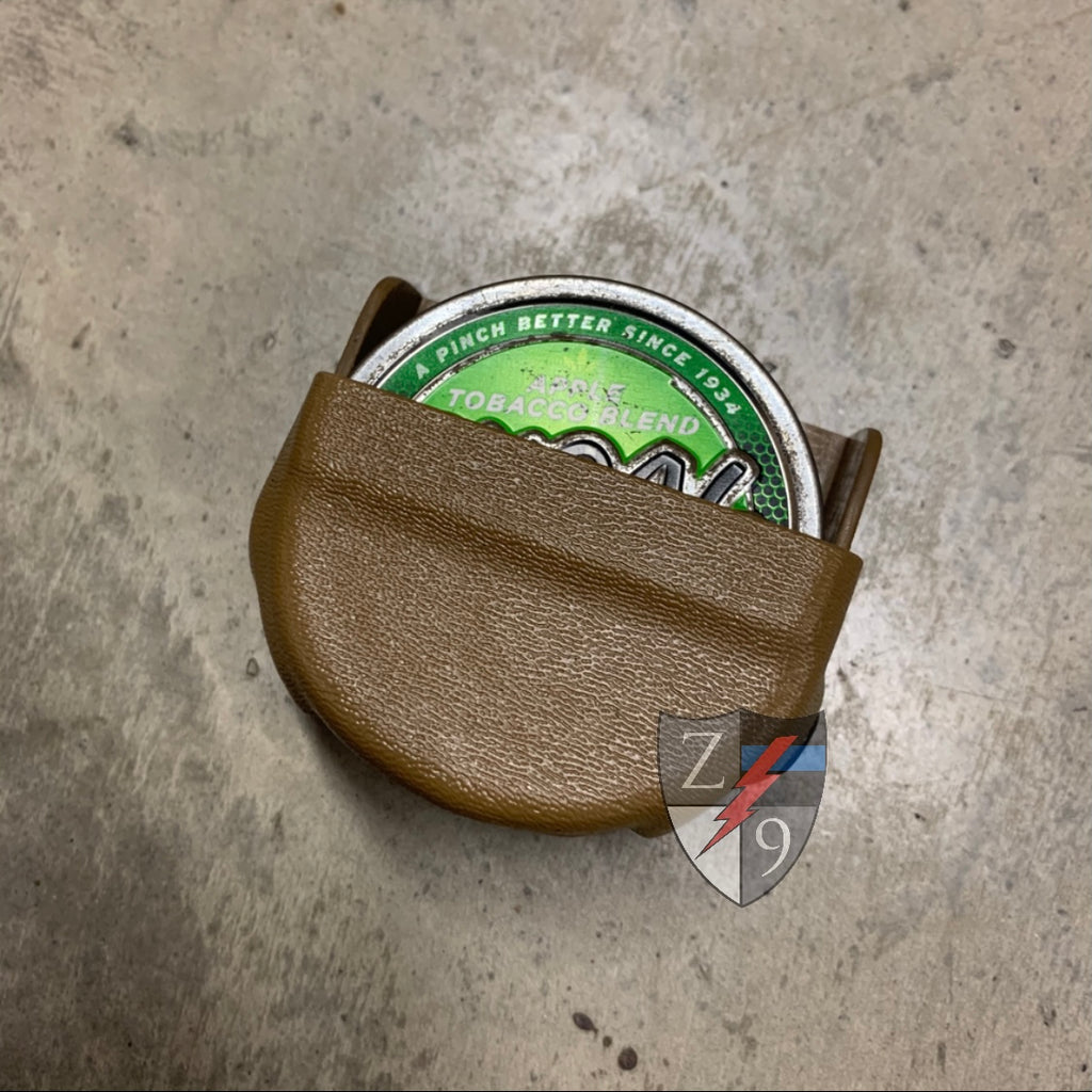 Coyote dip can case