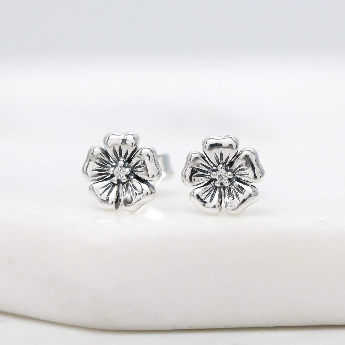 Midsummer Star Earrings Dioscuri Studs