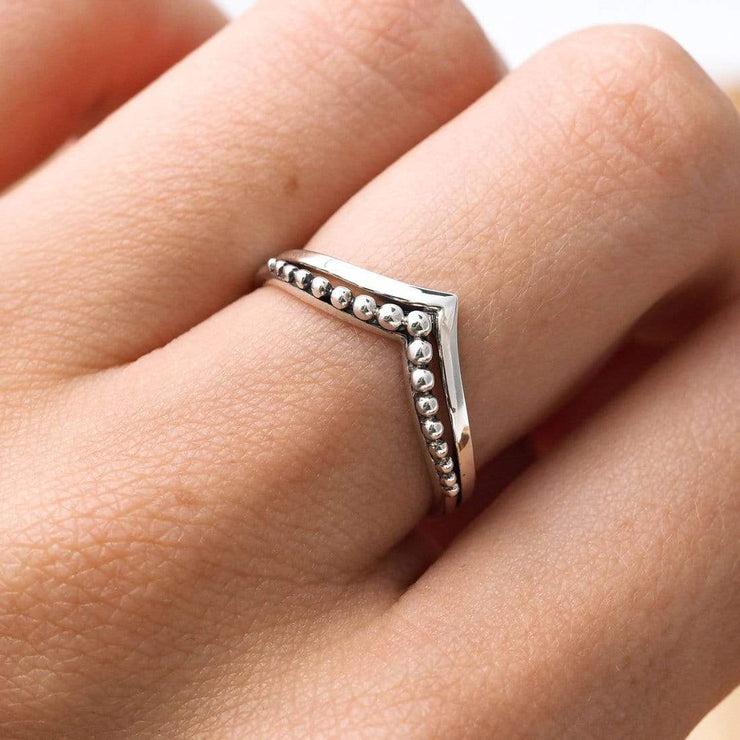 Midsummer Star Ring Beaded Crest Ring