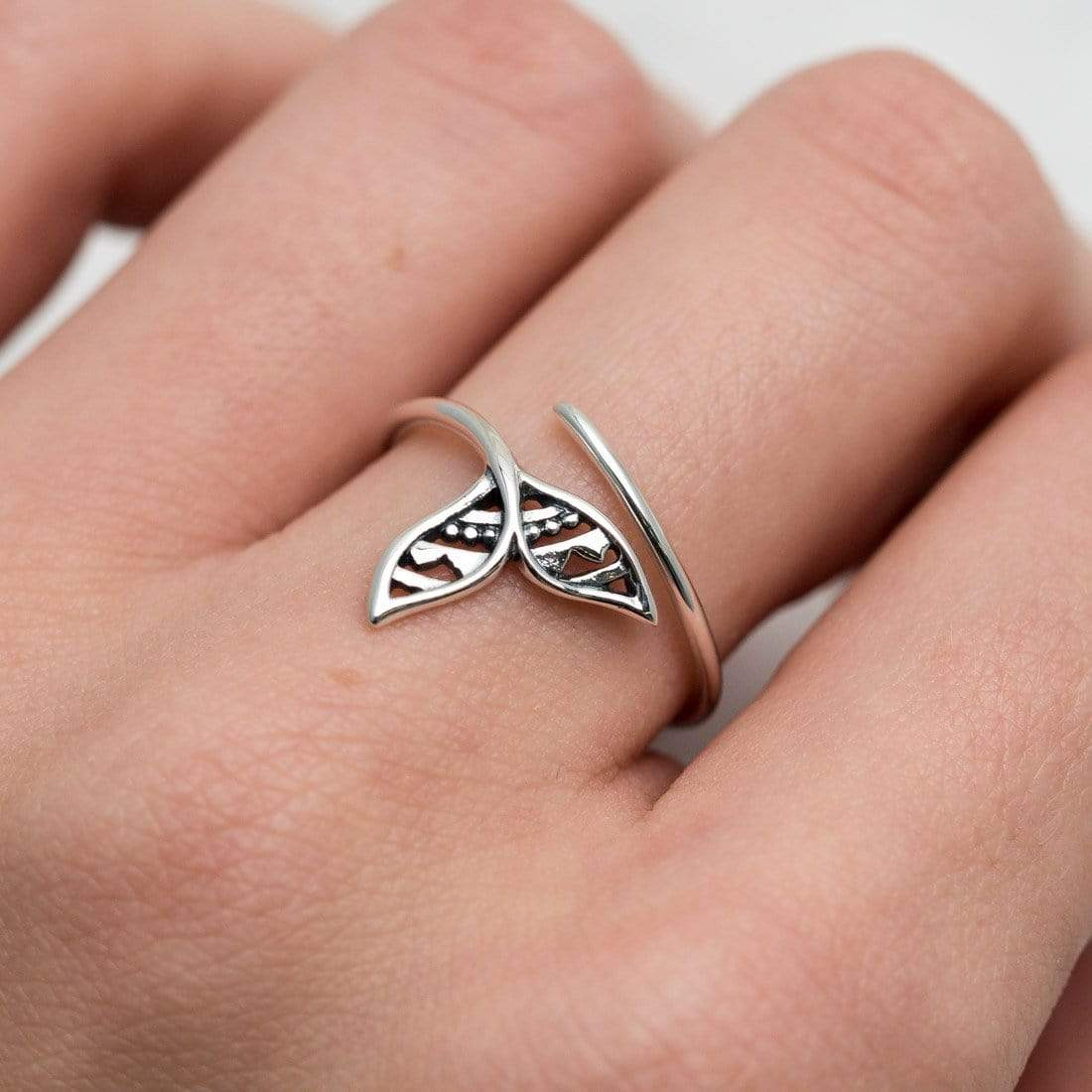 Midsummer Star Ring Mandala Dolphin Tail Ring