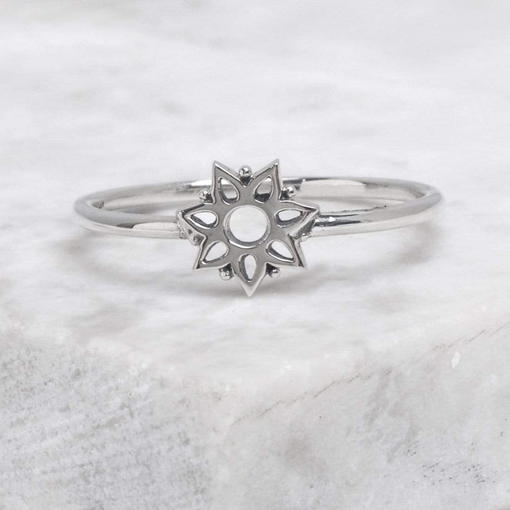 Midsummer Star Ring Winter Glimmer Ring