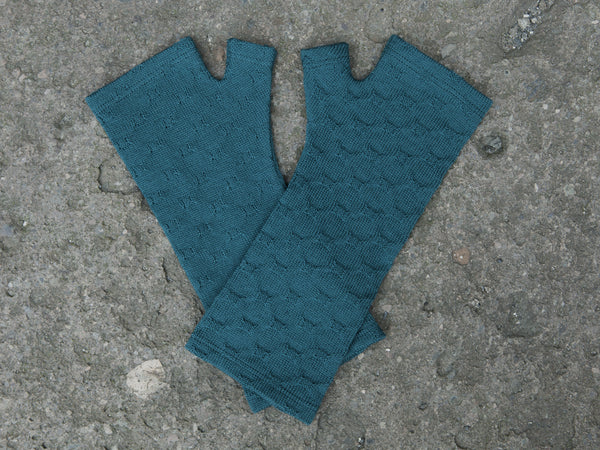 Teal blue textured merino gloves