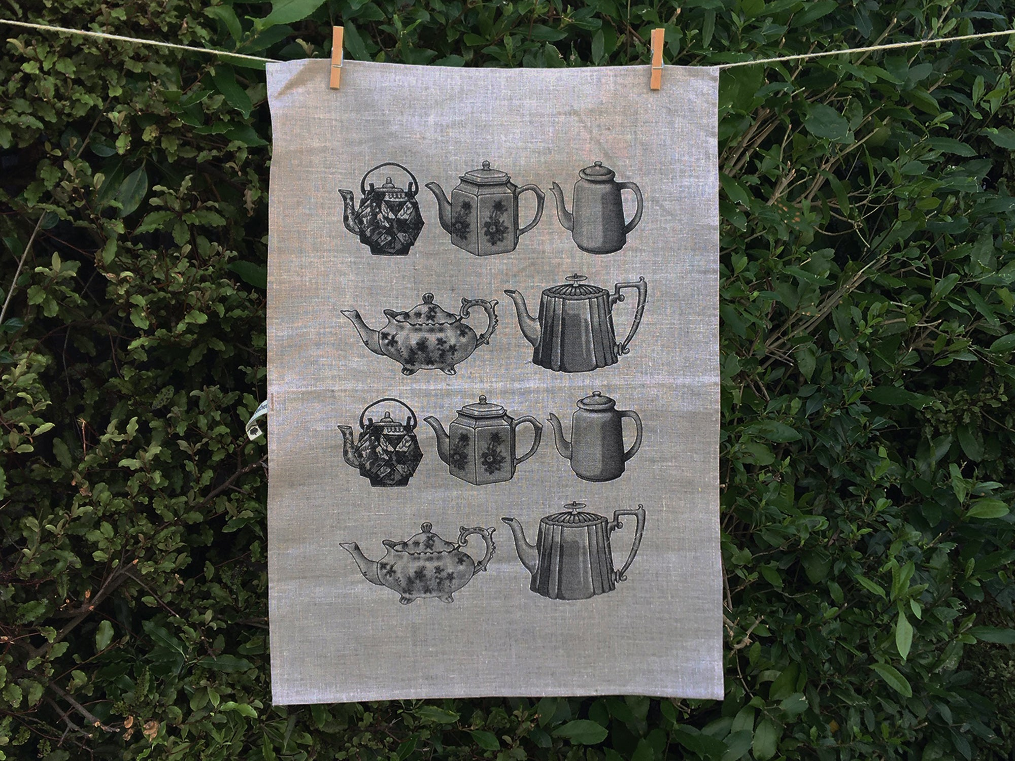 Black teapot tea towel - natural linen