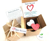 Recycled Ideas Favors plantable paper hearts with gift box set