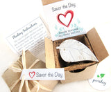 Recycled Ideas Favors plantable paper leaf with gift box set