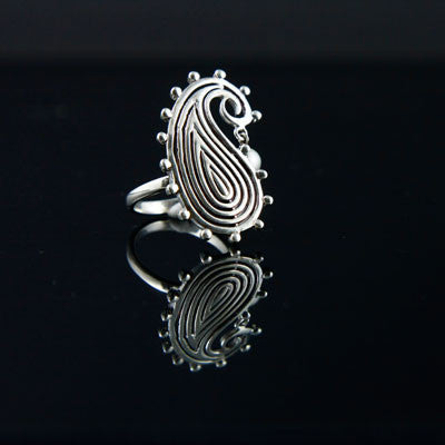 Stunning paisley ring with a hanging pearl (PB-1427-R)