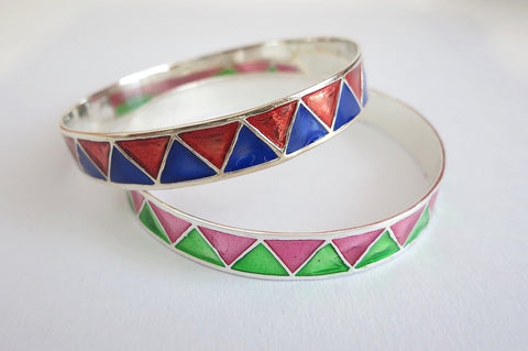 Gorgeous zig zag pattern colourful enamel work wide bangle (PB-1177-B)  Bangles Sterling silver handcrafted jewellery. 925 pure silver jewellery. Earrings, nose pins, rings, necklaces, cufflinks, pendants, jhumkas, gold plated, bidri, gemstone jewellery. Handmade in India, fair trade, artisan jewellery.