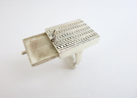 Unique, chic rectangular sterling silver drawer ring (PB-1753-R)  Ring Sterling silver handcrafted jewellery. 925 pure silver jewellery. Earrings, nose pins, rings, necklaces, cufflinks, pendants, jhumkas, gold plated, bidri, gemstone jewellery. Handmade in India, fair trade, artisan jewellery.