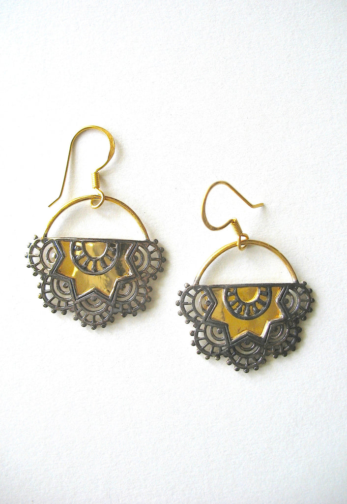 Exquisite half round gold plated earrings with mehndi inspired black rhodium plated detailing (PBS-4738-ER) - Lai - 1