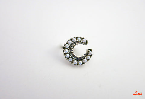 Exquisite crescent shape pearls encrusted nose pin (PB-021-NP)