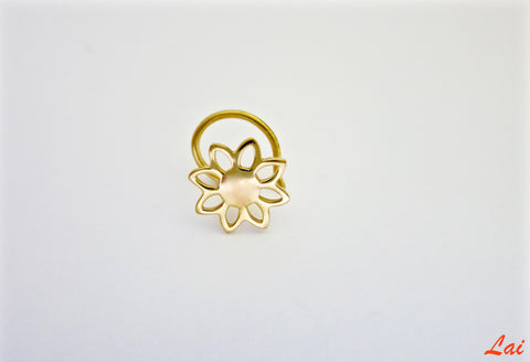 Gold-plated, minimalist, floral outline nose pin