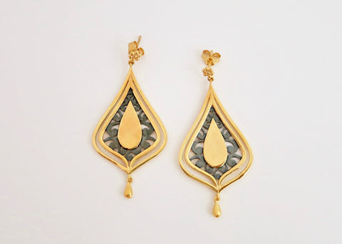 Gorgeous, gold plated, two-tone 'Chandni' drop earrings [PB-11087-ER (G)]